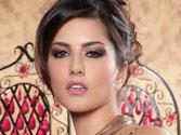 Sunny Leone chills in LA with brother and Daniel's parents