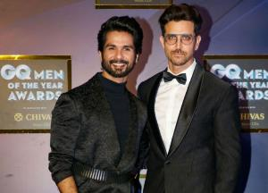Hrithik Roshan finds a fanboy in Shahid Kapoor