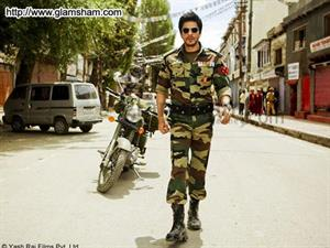 The king of romance, Shahrukh Khan is back and how!