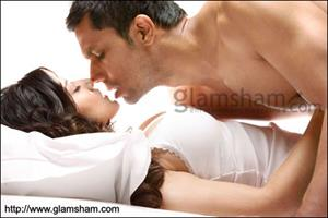 Bollywood goes sexy, raunchy in 2012 Delete