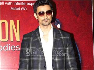 Kunal Kapoor to buy back his ancestral home
