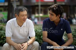 OSCARS: Ang Lee pays tribute to Indian crew for LIFE OF PI