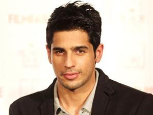 SOTY actor Sidharth Malhotra moves to a bigger house in Bandra