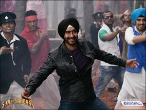 After 16 years Ajay Devgn turns Shayar with SON OF SARDAAR