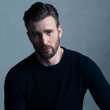 Chris Evans joins Instagram for a cause