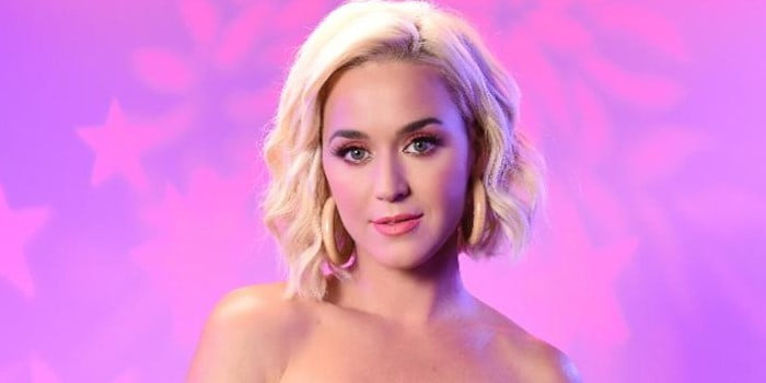Katy Perry strips off confidently in new music video 'Daisies'