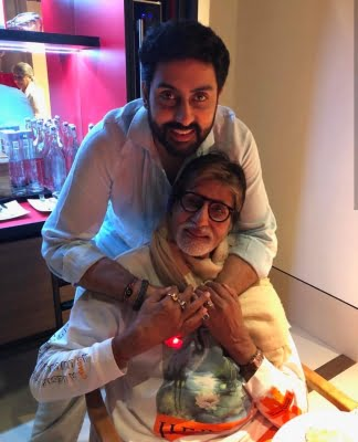 Amitabh Bachchan watches a film with entire family