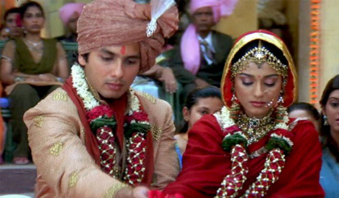 Tere Dware Pe Aayi Baraat These ultimate Baraat songs for a rocking Baraat