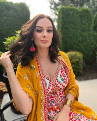 Evelyn Sharma: Indian attires are so classy
