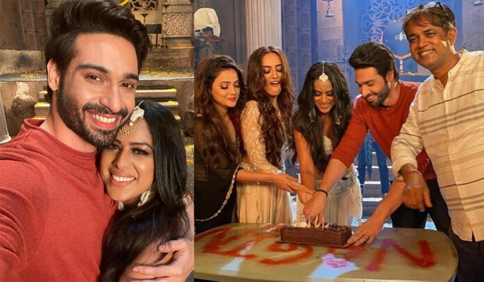 Naagin 4 Nia Sharma and Vijayendra Kumeria get emotional and shares farewell pictures on the last day of shoot