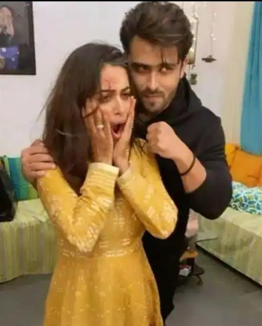 Shoaib and Dipika's goof up picture