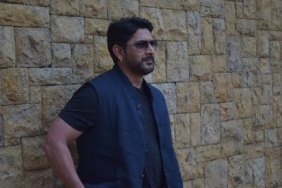 Arshad Warsi complains of inflated power bill