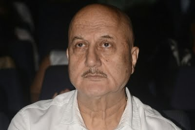 Anupam Kher urges people to shower parents with love