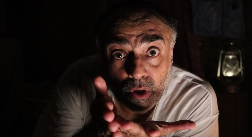 Rajit Kapur in Raashan from ONE ON ONE - UNLOCKED