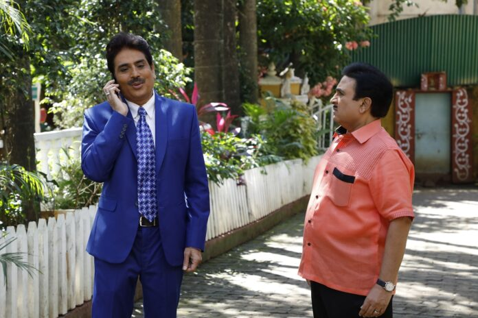 Taarak Mehta Gets Caught In a Cat & Mouse Game With His Boss Over A Day's Absence From Work