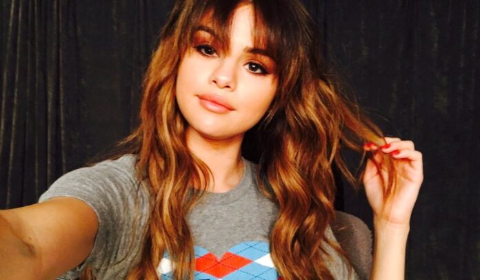 Selena Gomez confidently shows off her kidney transplant scars after 3 years
