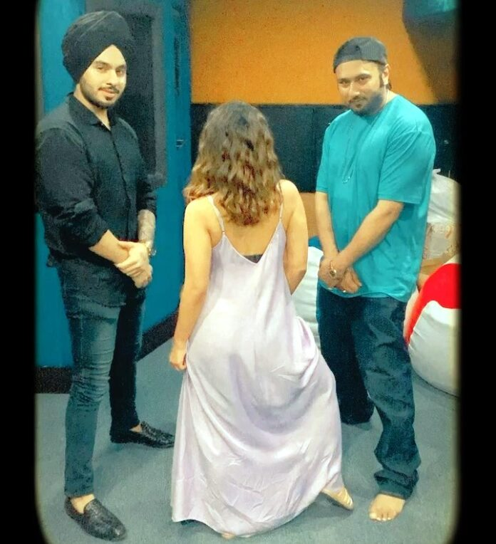 Honey Singh has collaborated on with Singhsta
