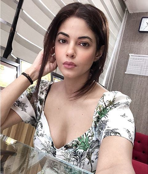 Meera Chopra: How is CBD oil freely available online?