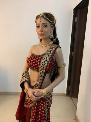 Sara Khan recovers from Covid