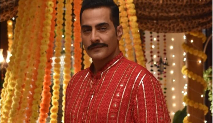 Anupamaa Four prying eyes on Vanraj, what will be his next move