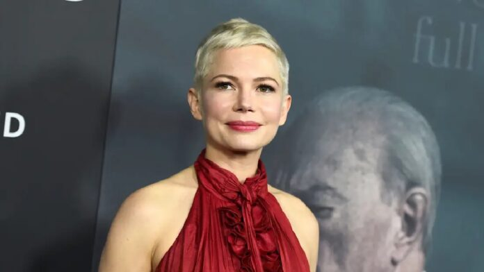 Michelle Williams steps out for the first time