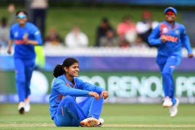 Radha bags 5 wkts to restrict Trailblazers to 118/8 in final
