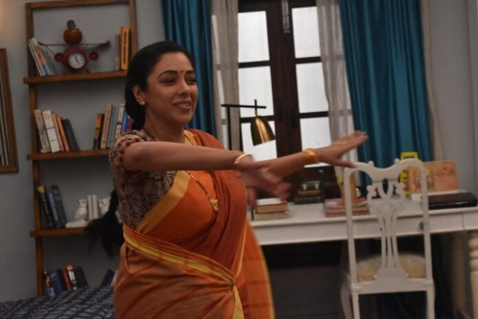 Anupamaa takes charge of her life, decides to take dance classes