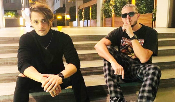 Asim Riaz shares pictures with DJ Snake has hinted to some collaboration, fans excited