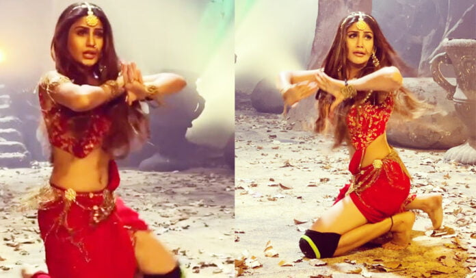 Naagin 5 Surbhi Chandna Preps for Tandav, attempts knee spin for the first time and nails it
