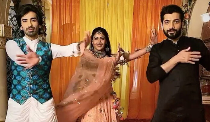 Naagin 5 trio Surbhi Chandna , Sharad Malhotra and Mohit Sehgal groove on Hrithik Roshan's iconic song
