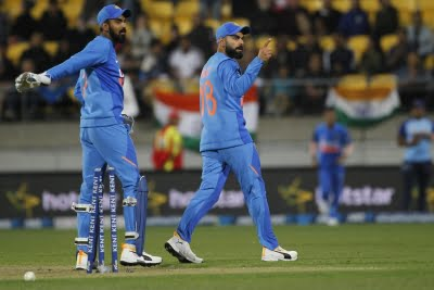 Kohli, Rahul admit bowlers weren't consistent and did adapt quick enough