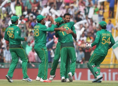 Pak cricket squad barring one allowed to leave isolation in NZ