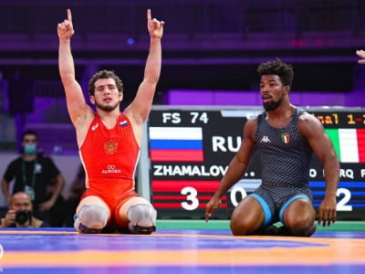 Russia claim four freestyle wrestling golds at Individual WC