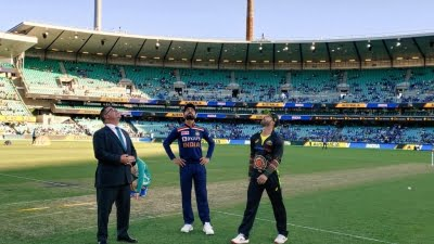 India opt to bowl in 3rd T20I against Australia (Toss)