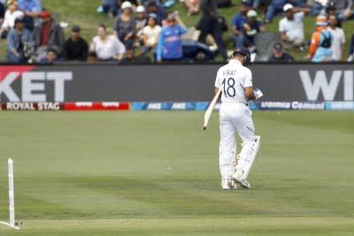 We have plans to keep Kohli out of 1st Test by drying up his runs: Langer