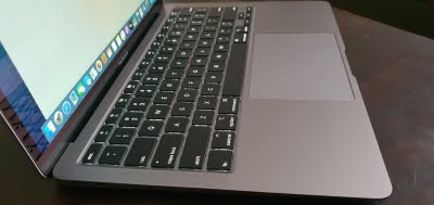 Apple working on keyboard with reconfigurable displays on each key