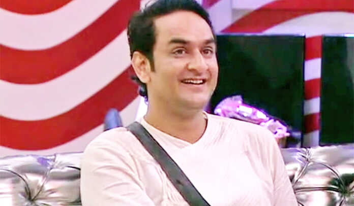 """Bigg Boss 14 Vikas Gupta reveals secret from his past says """"He and I were together for a year and a half before he came into this show"""""""