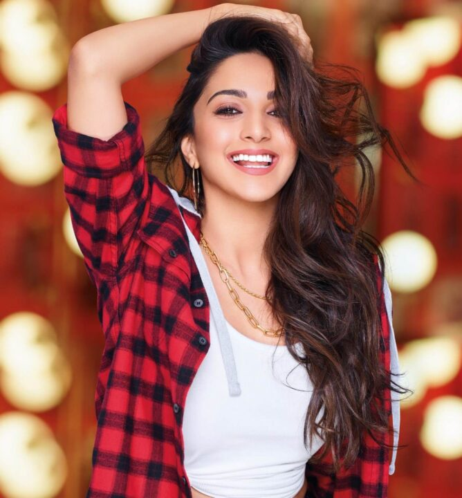 Kiara Advani's secret to conquer beauty blunders or bad hair day! Colgate Visible White