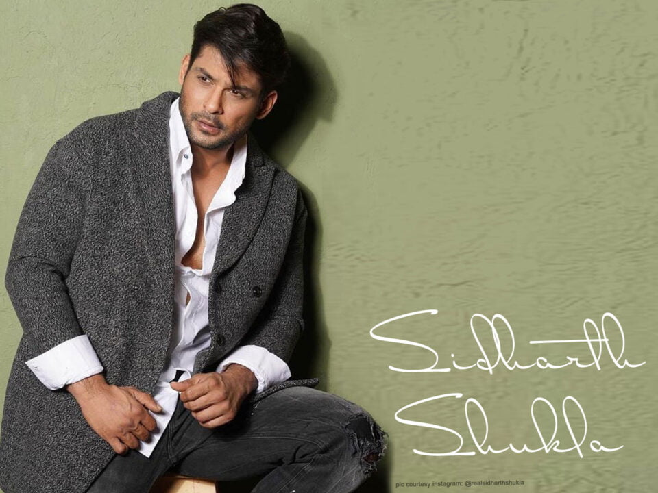 Sidharth Shukla oozing the temperature in grey long jacket for winter