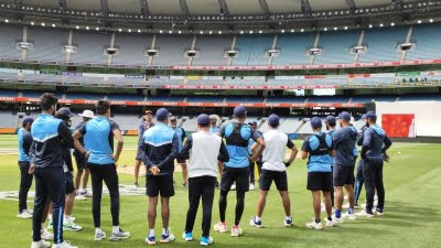 Indian team needs urgent injection to revitalise itself (Column: Close-in)