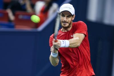 Andy Murray grabs his first win in two months
