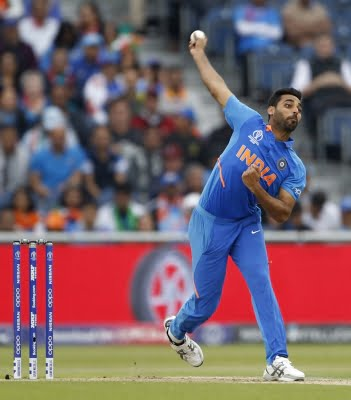 Pacer Bhuvneshwar out for 6 months, to return only in 2021 IPL