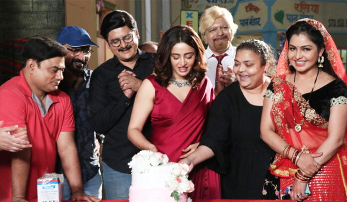 Nehha Pendse receives a warm welcome on her first-day shoot of Bhabiji Ghar Par Hai