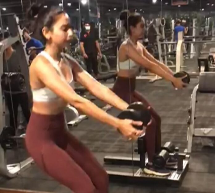 Rakul Preet workout video from the gym