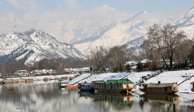 Bollywood explores locations in Kashmir for upcoming films