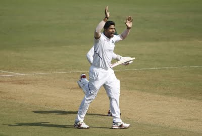 Speedster Yadav replaces Thakur for last 2 Tests vs England (Lead)