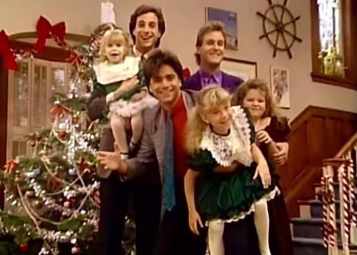 Bob Saget still in touch with his 'Full House' daughters