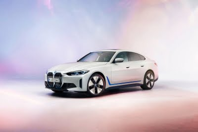 BMW unveils its 1st all-electric sedan i4, arriving this year