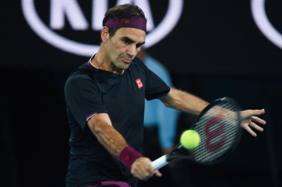 Federer returns with win after 13-month gap