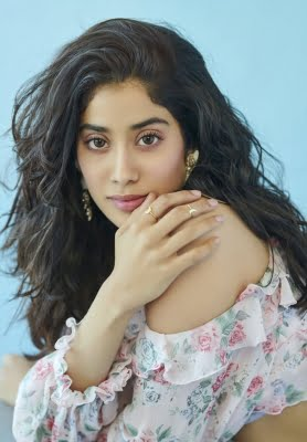 Janhvi Kapoor to have a working birthday